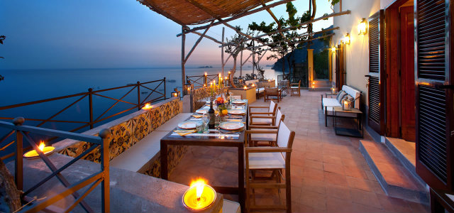Waterfront Restaurants For a Night of Romance
