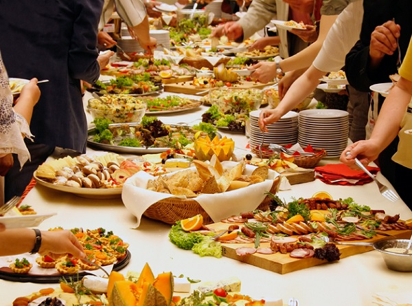 Providing food For Your Wedding, How to Decide Who to Choose