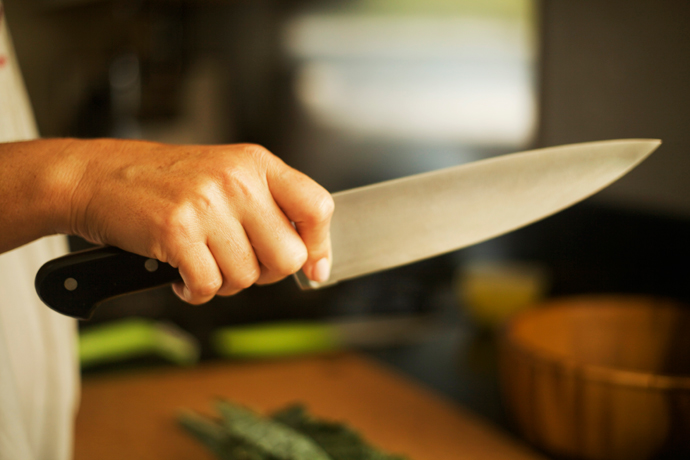 Proficient Chef Knife – How to Use Your Chef Knives Properly